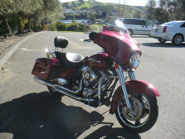 For Sale: 2010 FLHX Street Glide 30,759 miles.