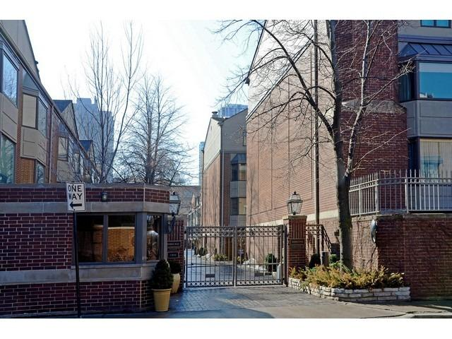 For sale 55 w goethe st unit 1237 chicago il 60610 for for Iron gate motor condos for sale