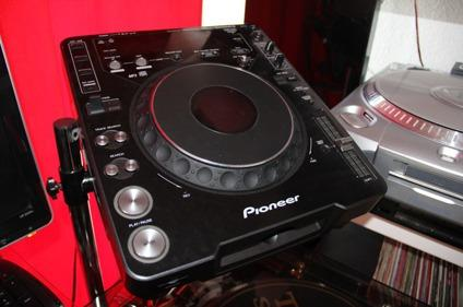 for dj for sale 2 pioneer cdj 1000 mk3 1 djm 800 mixer for sale in corcoran california. Black Bedroom Furniture Sets. Home Design Ideas