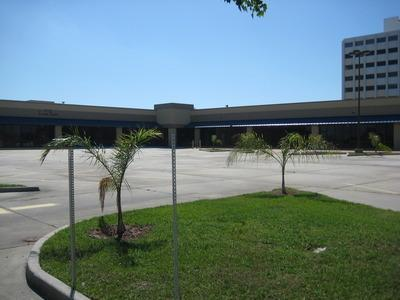 For Lease Lake Forest Blvd