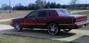 For Sale 1995 Maroon Lincoln Towncar New Boston For Sale In