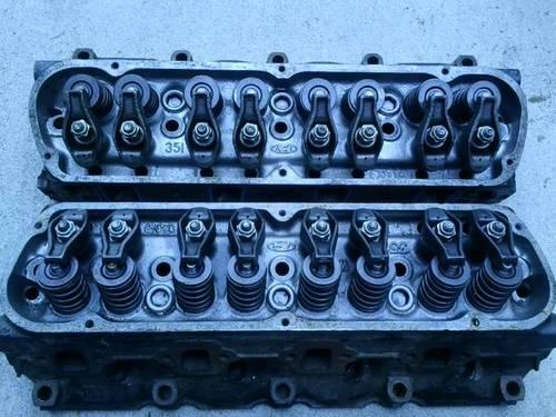 Ford 351 windsor DOOE cylinder heads complete with rocker arms