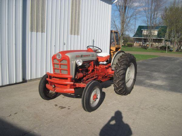 Ford 861 - $4800 Lapeer