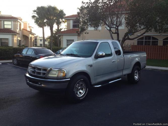 ford f 150 xlt triton 1998 excellent condition for sale in davie florida classified. Black Bedroom Furniture Sets. Home Design Ideas