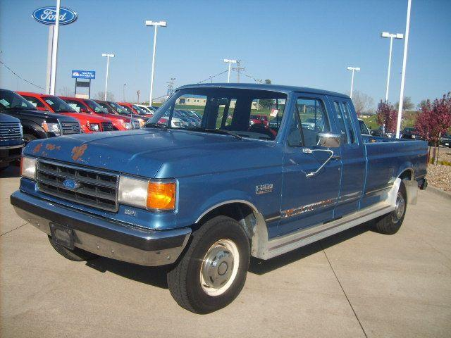 ford f250 1990 1990 ford f 250 car for sale in newton ia 4427453080 used cars on oodle. Black Bedroom Furniture Sets. Home Design Ideas