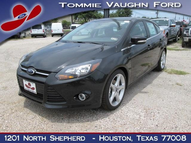 ford focus titanium 4dr hatchback 2014 for sale in houston texas classified. Black Bedroom Furniture Sets. Home Design Ideas
