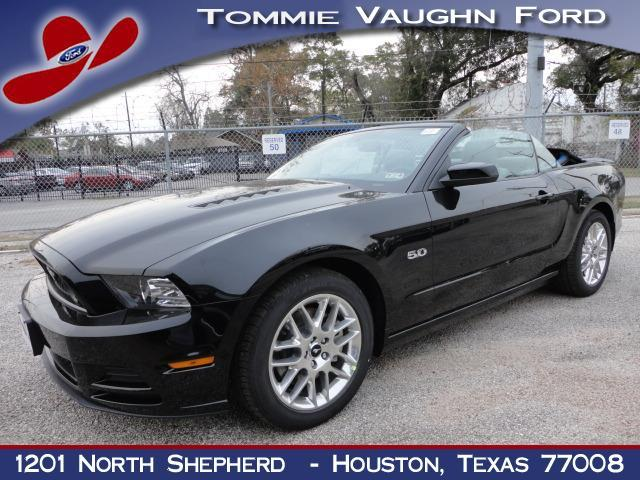 ford mustang gt 2dr convertible 2013 for sale in houston texas classified. Black Bedroom Furniture Sets. Home Design Ideas