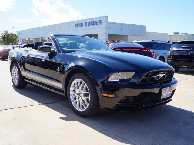 ford mustang v6 premium 2dr convertible 2014 for sale in mckinney texas classified. Black Bedroom Furniture Sets. Home Design Ideas