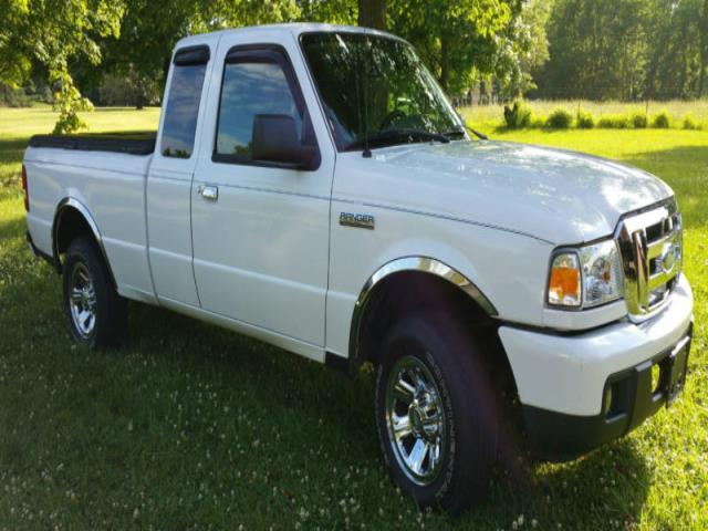 Extended Cab Pickup 4 Door