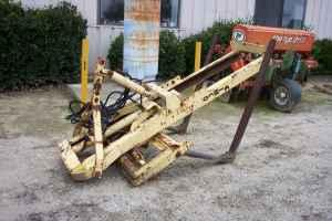 FORKLIFT ATTACHMENT - $900 (CARUTHERS)
