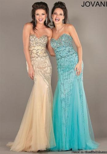 Formal Gowns/ Beautiful Dresses/Must Go/ Making Room