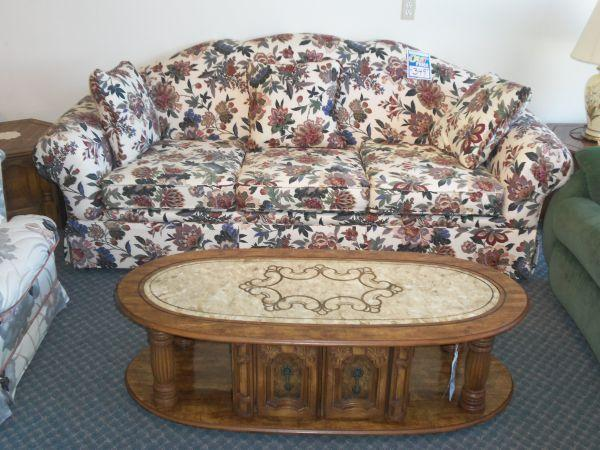 Formal Sofa With Floral Print Winter Haven Warehouse Outlet For Sale In Lakeland Florida