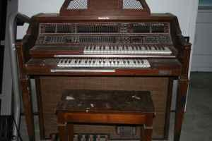 Free Organ to Good Home!! (Vidor, tx)