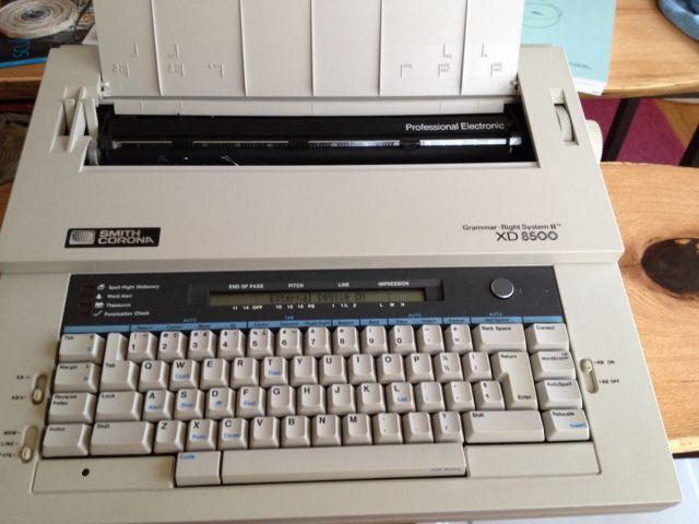 Free Smith Corona XD 8500 Professional Electronic Typewriter and Wo
