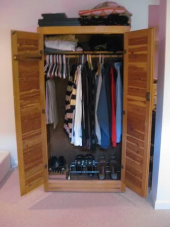 Free Standing Cedar Closet W Interior Light And Elec