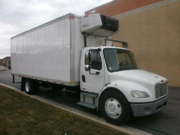 Freightliner business class m2 106 reefer truck for sale for
