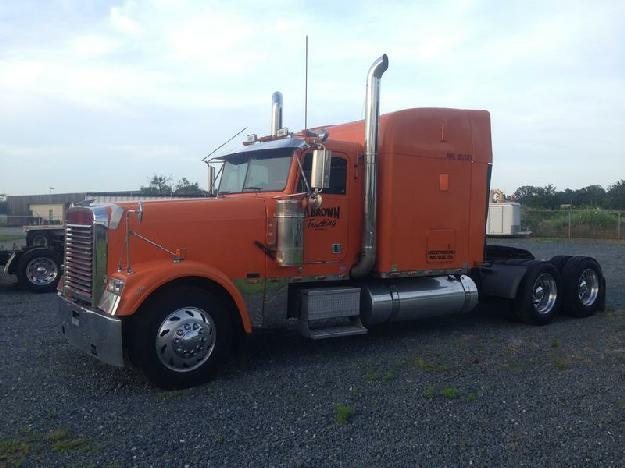Freightliner classic xlt tandem axle daycab for sale