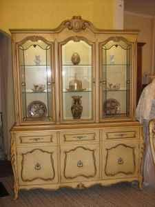 French Style China Cabinet U0026 Table W/4 Chairs   $500