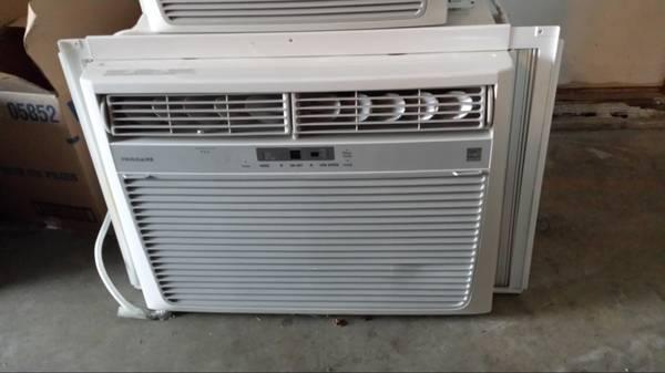 Frigidaire 15 100 Btu Air Conditioner A C For Sale In