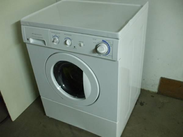 Frigidaire Front Load 5 Year Old Washing Machine For