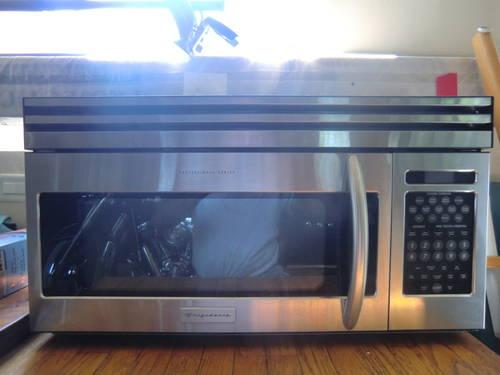 Frigidaire Professional Series Microwave For Sale In