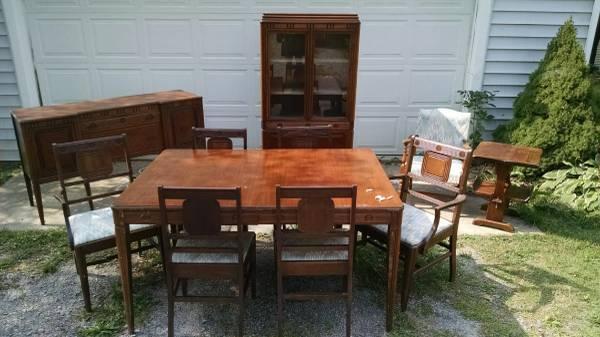 Full Depression Era Antique Dining Room Set - $500