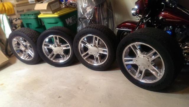 Used Harley Davidson Wheels >> New Used Harley Davidson Chrome Wheels For Sale 9 Ads In