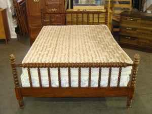 full size spindle bed n wichita for sale in wichita kansas classified. Black Bedroom Furniture Sets. Home Design Ideas