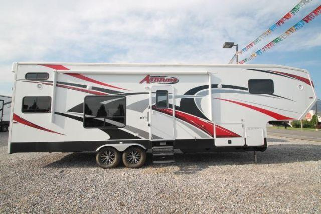 Stealth Fifth Wheel For Sale Idaho >> FULLY LOADED ATTITUDE FIFTH WHEEL TOY HAULER! ATTITUDE 31CRSG for Sale in Boise, Idaho ...