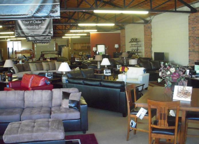 FURNITURE BLOW OUT SALE ALL MUST GO Denver for Sale