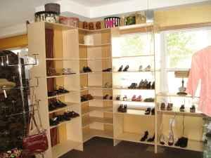 FURNITURE for Retail  Jewelry Cases, Mirrored Display Shelves, Etc - $100 Simsbury, CT