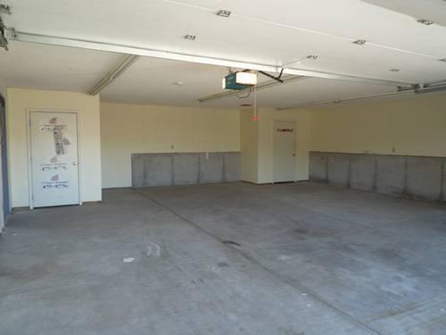 Garage for Rent, Great for car storage