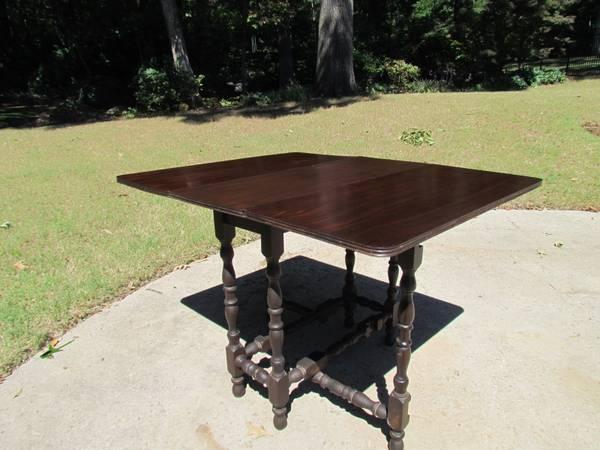 Gate leg table - $85