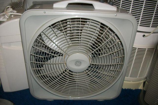 Box Fans On Sale : Ge box fan with thermostat control for sale in colorado