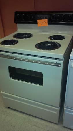 GE Electric coil STOVE RANGE - beige  bisque  biscuit - 6 MONTH - $150