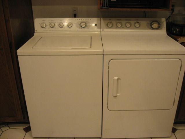 Ge Heavy Duty Super Capacity Plus Washer And Matching Gas