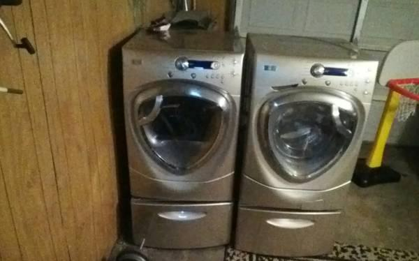 GE Profile front loaders washerDryer for Sale in Beaumont Texas