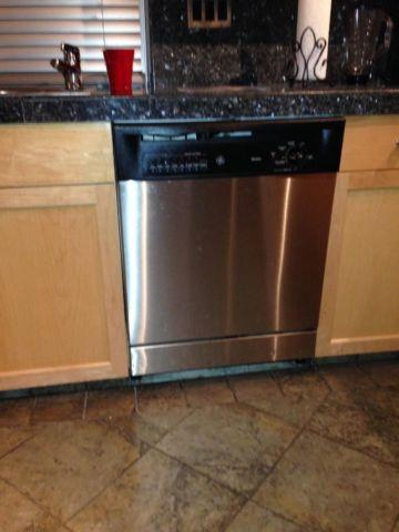 GE Stainless Steel Appliances Gas Stove and Dishwasher