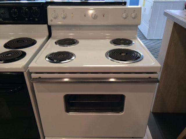 Ge White Coil Top Range Stove Oven Used For Sale In