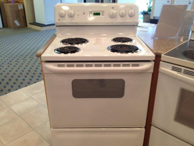 White Electric Stove ~ Ge white electric range stove oven used for sale in