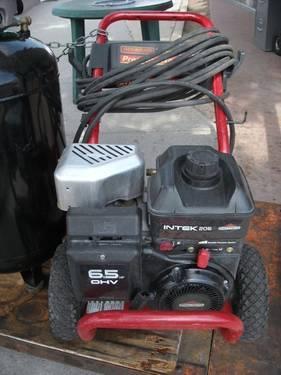 Generac 627H 2700psi 6 5HP Pressure Washer with Hose Wand