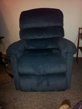 Gently Used Lazy Boy Power Recliner For Sale In Saint