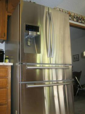 Gently Used Stainless Steel 28 Cu Ft Samsung French Door