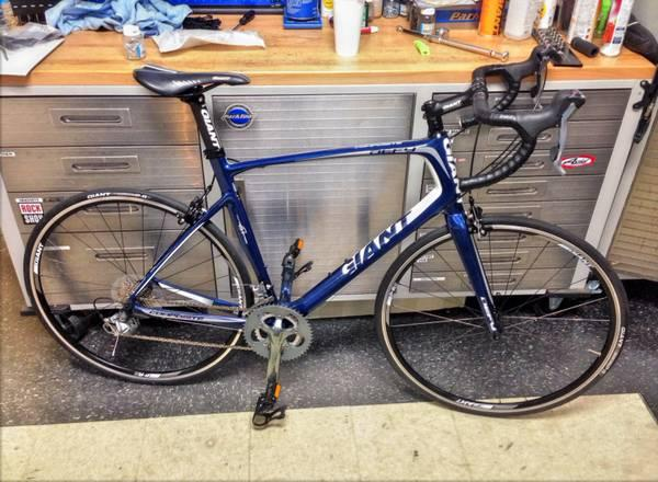 Giant Defy 3 Large Composite 2013 For Sale In Louisville