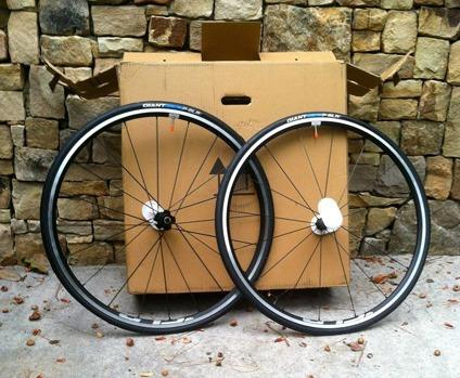 Giant SLR1 Wheel Set & Tires