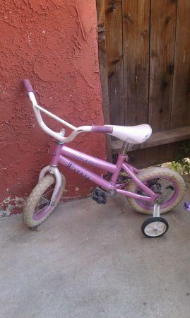 girl bicycle - $8 (bakersfield sw)