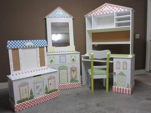 Girl 39 s bedroom set no bed for sale in muscle shoals for Furniture 4 less muscle shoals al