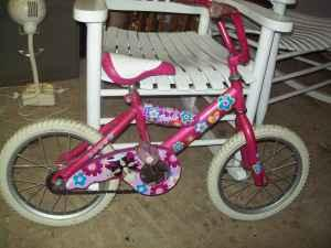 Girls 16 Barbie Bike - $15 Bartlett