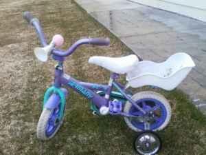 Girls bike 2yr old to 4yr old wtraining wheels - $25 Kalispell