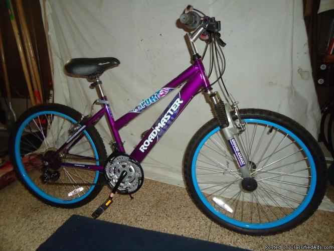 Girls Sport 18 Speed Mountian Bike